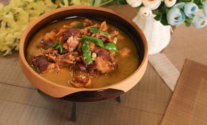 牛肝菌煨土鸡
